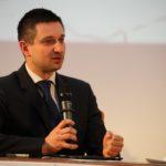 MODERATOR-Tomasz-Misiak